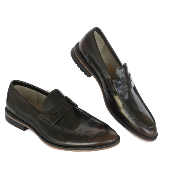 2dbf4dd25b9 CLARKS Penny Loafer Brown Leather Miss-Match Sz